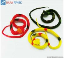 Змея резиновая цветная микс.